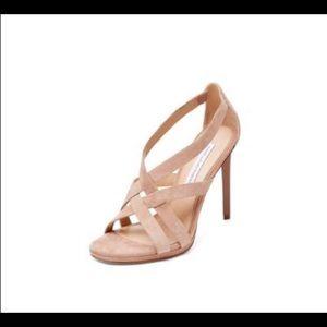 Diane Von Furstenberg size 8.5